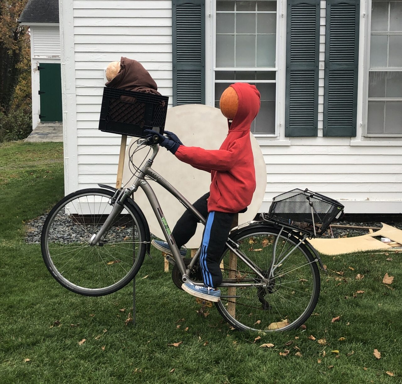 ET Phone Home at 75 Main St